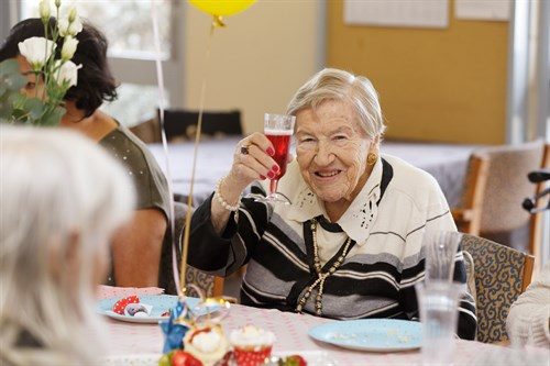 Mothers Day Mayflower Reservoir Aged Care 46T9588